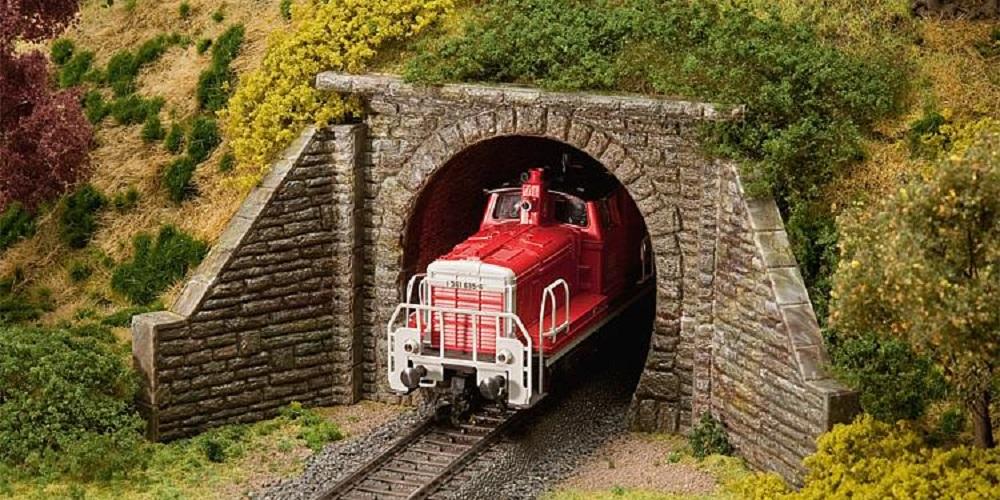 Tunnels en tunnelportalen
