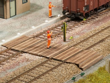 Noch 67104 - Gleisübergang