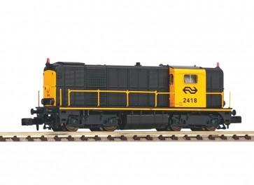 Piko 40425 - N-dieselloc 2418 grijs/geel A-verl. NS IV + SOUND