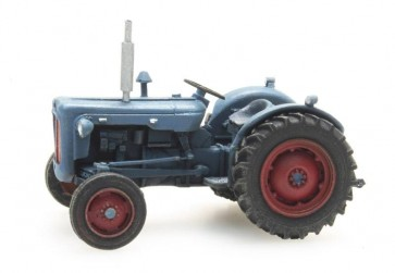 Artitec 387.278 - Tractor Ford Dexta blauw  ready 1:87