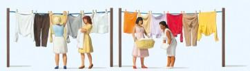 Preiser 10741 - 1:87 Vrouwen bij het was ophangen