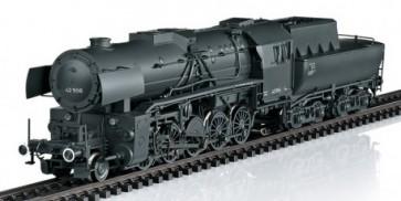 Marklin 39044 - Güterzug-Dampflok BR 42 DR
