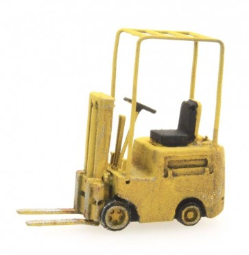 Artitec 316.048 - Heftruck geel  ready 1:160