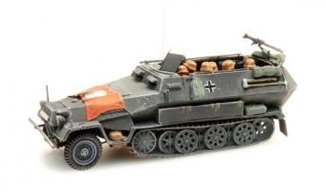 Artitec 387.73 S1 - WM Sd. Kfz 251/1B mit Fahne grijs  ready 1:87