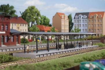 Auhagen 14481 - Bahnsteig