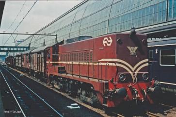 Piko 40443 - N-Diesellok NS 2271 rotbraun IV + DSS PluX12