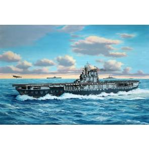 Revell 05823 - USS Hornet CV-8