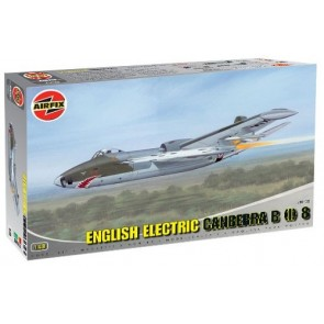Airfix 10102 - English Electric Canberra B(I) 8