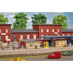 Auhagen 13343 - Bahnhofsausstattung