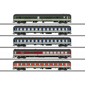 Marklin 43917 - Schnellzugwagen-Set Pop-Farbe