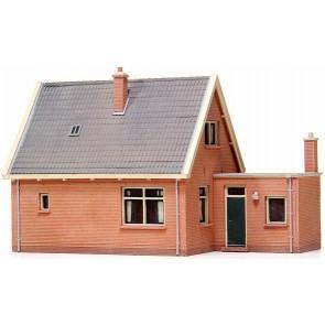 Artitec 10.115 - Vrijstaand huis met zadeldak  kit 1:87