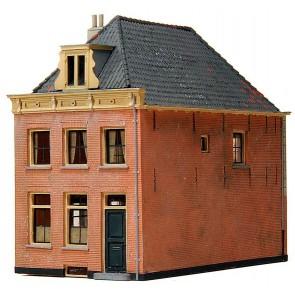 Artitec 10.167 - Huis met schilddak 18e eeuw  kit 1:87