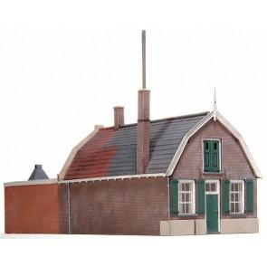 Artitec 10.176 - Huis mansardekap + bedrijfsruimte  kit 1:87