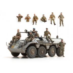 Artitec 87.093 - NL UNIFIL bemanning in rust  6 fig.   kit 1:87