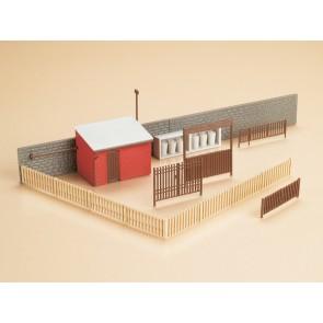 Auhagen 12256 - Tore mit Häuserzubehör