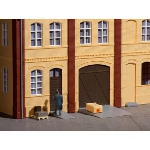 Auhagen 80251 - Tore und Türen braun, Stufen, Rampen