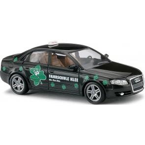 Busch 49222 - Audi A4 Limousine Fahrschule