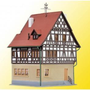 Kibri 38744 - H0 Gasthaus Roeßle Markgraefl