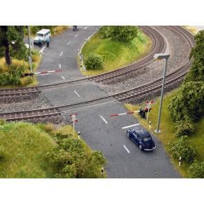 Noch 14307 - Bahnschranken mit Andreaskreuzen