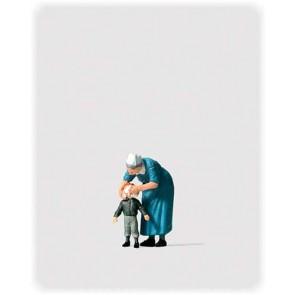 Preiser 28061 - 1:87 Diakonesse met kind