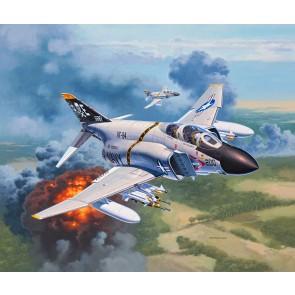 Revell 03941 - F-4J Phantom US Navy_02_03_04_05_06_07_08_09