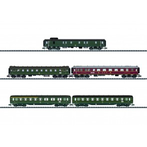 Trix 15680 - Wagen-Set Schnellzug DB_02
