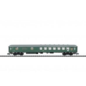 Trix 18404 - Schnellzugwagen mit Gepäckrau