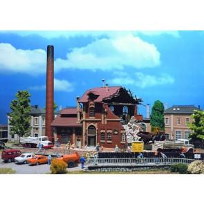Vollmer 45621 - H0 Brauerei im Abbruch, Retro
