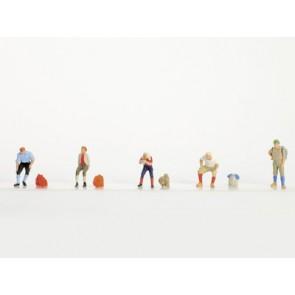 Vollmer 42284 - N Figuren-Set Wanderer mit Ru